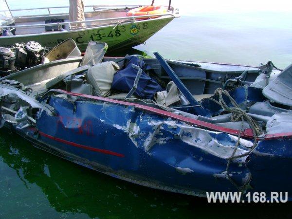 столкновение нате лодках