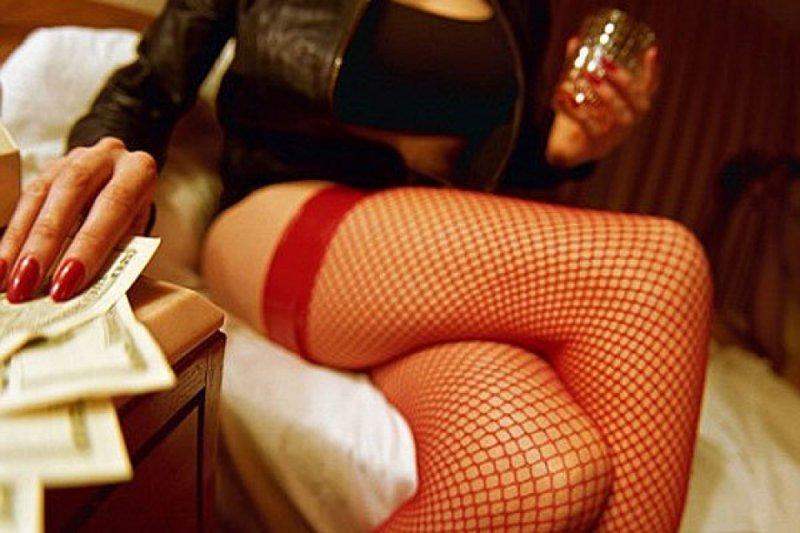 Доход проституток и мамок