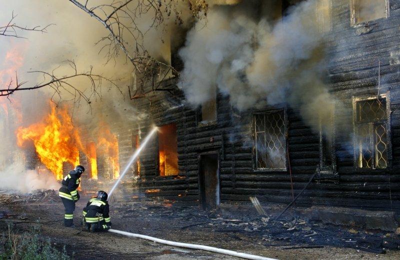 В Братске и Усть-Куте горели два многоквартирных дома