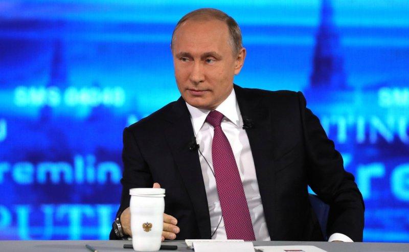 Беспокоит снижение доходов граждан России — Путин