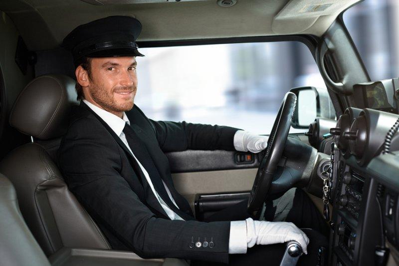 В РФ планируют разделить водителей на экспертов и приверженцев