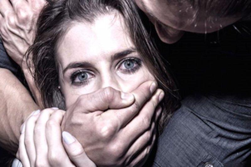 Рецидивист изнасиловал мать своих детей вИвановской области, угрожая отверткой