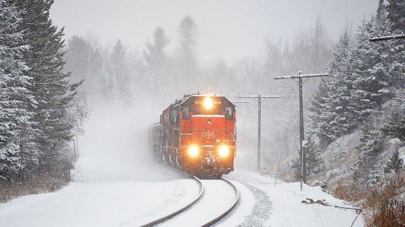 ВИвановской области мужчина умер под колесами поезда