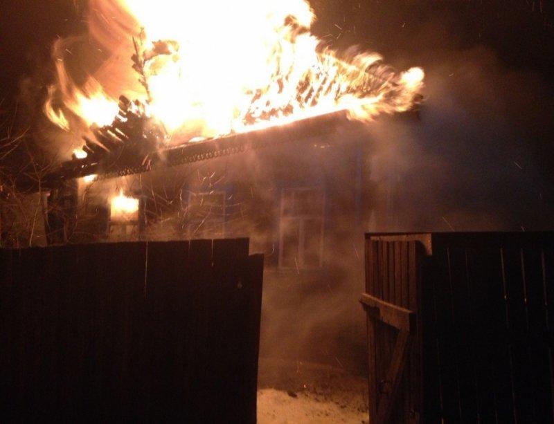 Три человека погибли впожаре вФурманове